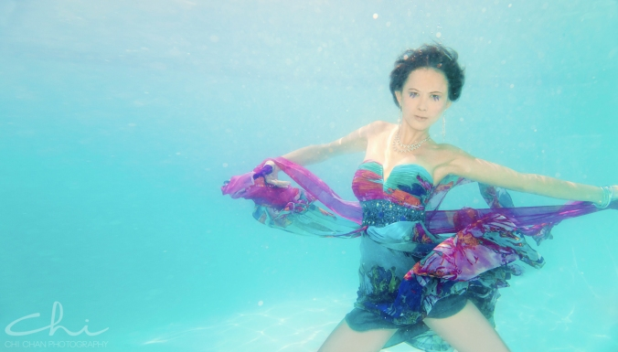 Tiffany underwater 008