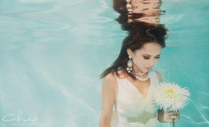 Tiffany underwater 013
